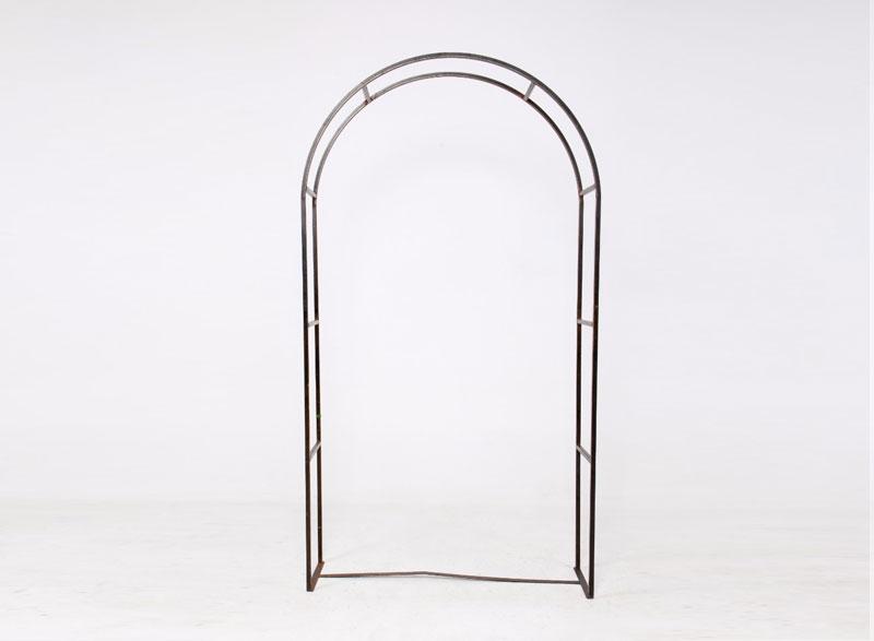 Black Round Metal Arch